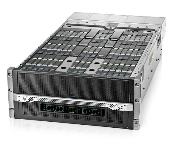 HPs Moonshot 1500 kann bis zu 45 einzeln konfigurierbare Server aufnehmen. In Maximalkonfiguration kostet ein Chassis rund 50.000 Euro. Quelle: HP