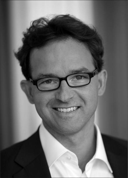 """Oliver Gronau, Director Business Group Information Worker Microsoft Deutschland, warnt vor durch """"die Hintertür"""" eingeführten Social Collaboration Tools. Quelle: Microsoft"""