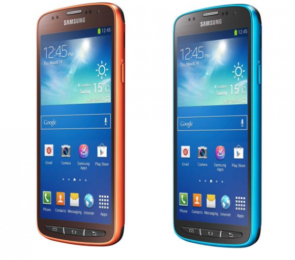 Samsung Galaxy S4 Activ in den Farben Orange und Blau.