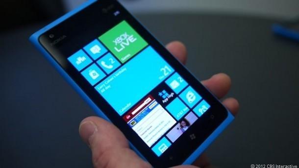 Windows Phone 8 soll sich laut Analysten gut für Unternehmen eigenen. Nun will Microsoft mit neuen Features die Plattform noch attraktiver machen. Quelle: CNET.com