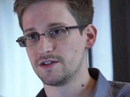 PRISM: Ein Regierungsvertreter der USA stützt die Version von Edward Snowden, der erklärt, dass Geheindienst-Analysten in der Lage wären jede Form der Kommunikation abzuhören.
