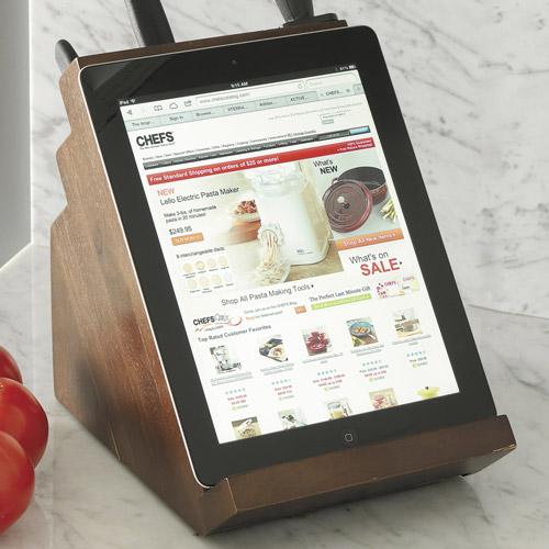 Die Kehrseite des neuen Messerblocks: Ein Tablet-Halter. Quelle: Chefscatalog.com