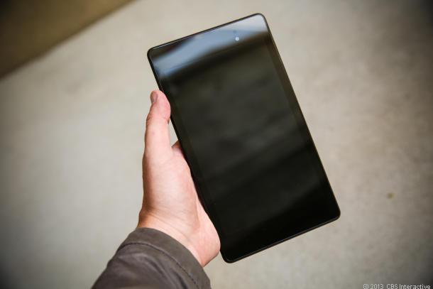 Die Auflösung hat Google bei dem neuen Google Nexus 7  mit 1920 x 1200 Pixlen und 323 ppi Pixeldichte deutlich verbessert. Quelle: CNET