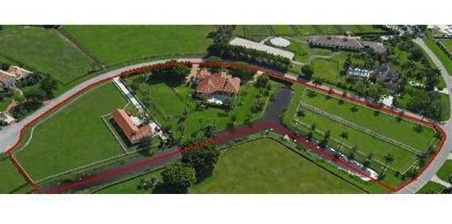 bill gates stattelt um neue pferdefreundliche villa in. Black Bedroom Furniture Sets. Home Design Ideas