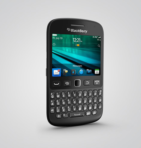 Das Einsteigergerät BlackBerry 9720 ist vor allem auf Kommunikation über soziale Netzwerke und BlackBerry Messenger ausgerichtet. Quelle: BlackBerry