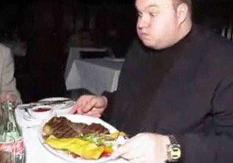 Steak wird sich Kim Dotcom wohl nicht mehr leisten können. (Bild: kimschmitzlookingatthings.tumblr.com)