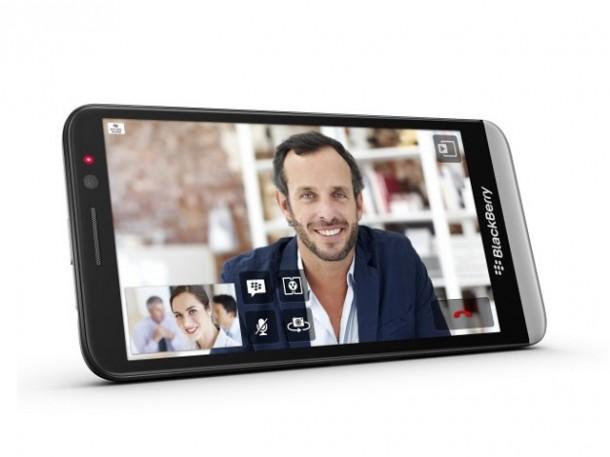 Auch schöne neue Geräte wie das Blackberry Z30 konnten den Niedergang der Kanadier bislang nicht aufhalten. Quelle: BlackBerry