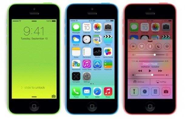 """Das iPhone 5C ist keinesfalls ein """"Billig-iPhone"""", sondern nur rund 100 Euro günstiger als das Top-Modell. Quelle: Apple"""