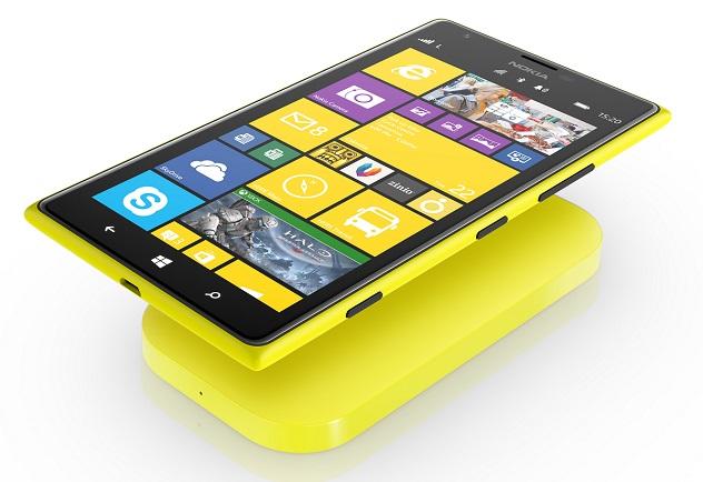 Das Lumia 1520 lässt sich auch drahtlos laden (Bild: Nokia).