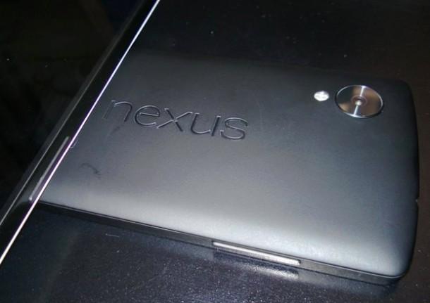 Angeblich zeigt diese Aufnahme die Rückseite des neuen Google-Gerätes Nexus 5. Quelle: Mac Rumors