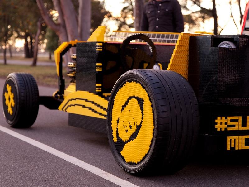Bis zu 30 km/h fährt das Lego-Auto. (Bild: Josh Rowe/Super Awesome Micro Project)e