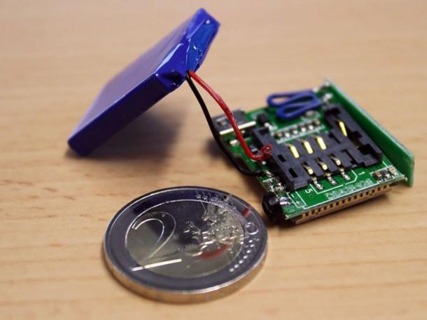 Diese anrufbare Wanze hat die Ultima Ration GmbH zusammen mit einer ausländischen SIM-Karte entdeckt. Sie soll im Besprechungsraum des Vorstandes einer namhaften Aktiengesellschaft verbaut gewesen sein. Quelle: Ultima Ratio