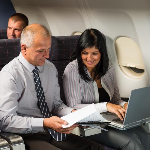 Deutschlands größter Flugticket-Händler hatte jahrelang Daten von Kunden über das Internet verbreitet. (Bild: Shutterstock)