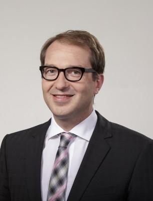 Der ehemalige CSU-Generalsekretär Alexander Dobrindt ist jetzt als Bundesminister für Verkehr und digitale Infrastruktur auch für den Ausbau der Breitbandleitungen in Deutschland verantwortlich. (Foto: Henning Schacht)