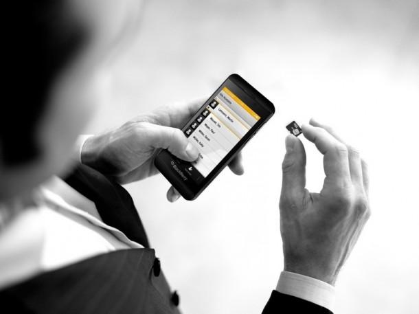Die SecuSuize for BlackBerry 10 ermöglicht eine abhörsichere Kommunikation mit 128-AES-Verschlüsselung. (Bild: Secusmart)