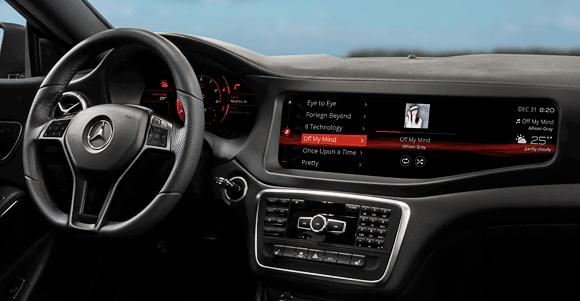 Zusammen mit Qualcomms Snapdragon S602A zeigt BlackBerry mit QNX ein neues In-Car-System in einem Mercedes CLA45 AMG. Quelle: BlackBerry