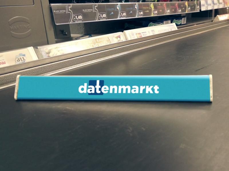 Im Supermarkt mit Facebook-Daten zahlen. Der Datenmarkt macht es vom 17. bis 22. Februar möglich. (Screenshot: Datenmarkt auf Vimeo.com