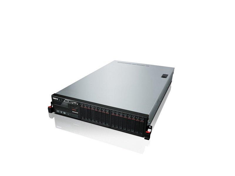 Der ThinkServer RD440 von Lenovo bietet Platz für bis zu zwölf 3,5-Zoll-SATA-Festplatten (Bild: Lenovo).
