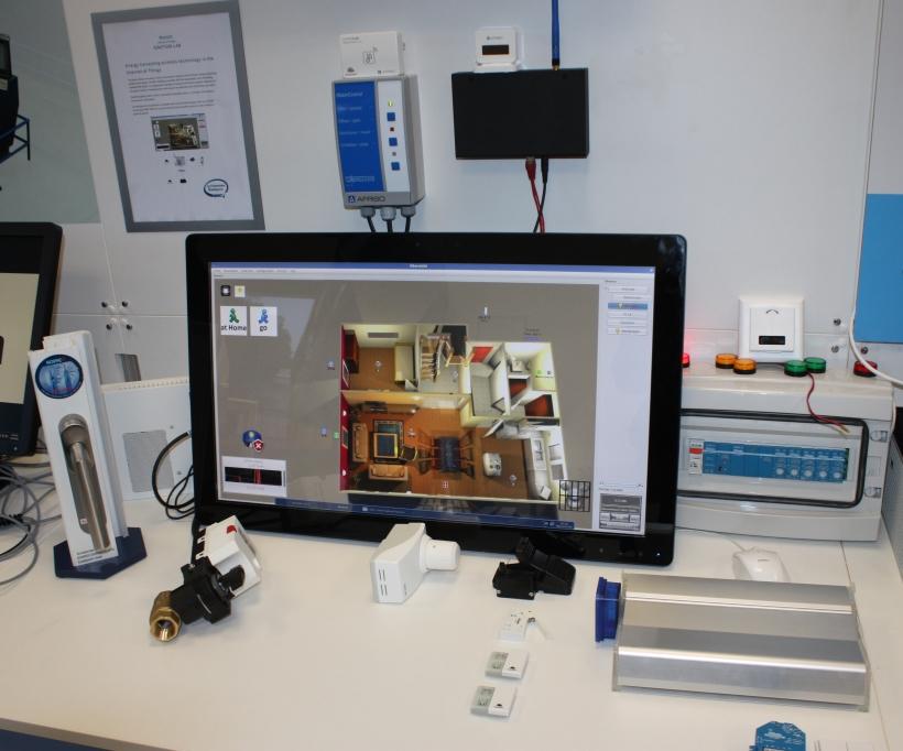 Die Firma Enocean, Erfinder der batterielosen Funksensorik, zeigte bei der Eröffnung des IoT-Labs in Feldkirchen bei München unter anderem einen smarten Fenstergriff und eine selbstlernende Heizungssteuerung (Bild: ITespresso).