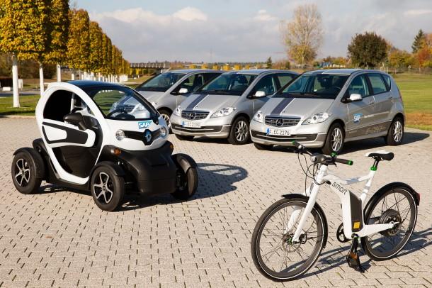 Derzeit gibt es in der SAP-Dienstwagenflotte 10 Elektrofahrzeuge. Bis Jahresende soll diese Zahl auf 50 anwachsen. Auch ein Netz von Ladestationen und eine Mangement-Software will der Konzern entwickeln. Quelle: SAP