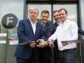 Berlins Regierender Bürgermeister Klaus Wowereit eröffnet das Start-up Zentrum Factory. (Bild: a+o GmbH)