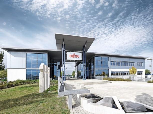 Silicon.de hat sich einen Tag im Augsburger Fujitsu-Werk umgesehen. Die Japaner produzieren dort Mainboards, PCs, Workstations, Notebooks, Server und Speichersysteme. (Bild: Fujitsu)