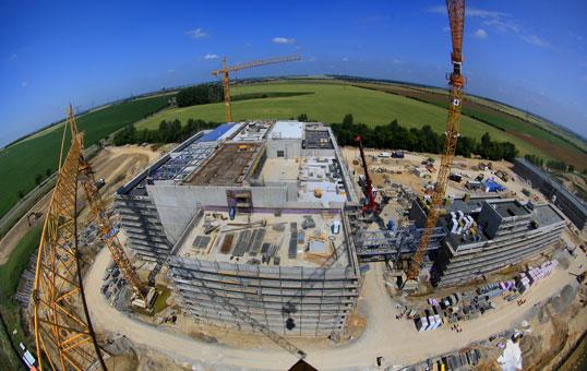 Bau des Rechenzentrums in Biere, Sachsen-Anhalt. Am 3. Juli soll das neue Rechenzentrum an den Start gehen. Quelle: obs/IMG - Investitions- und Marketinggesellschaft Sachsen-Anhalt mbH/Viktoria KŸhne