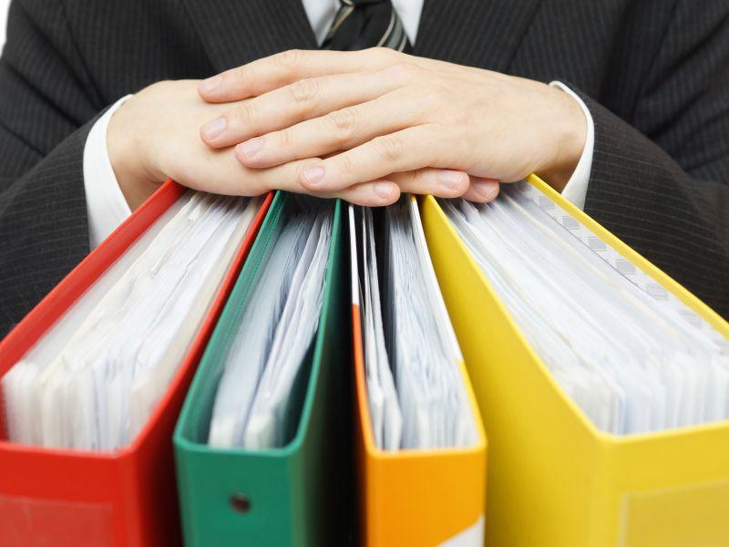 Bundeskartellamt plant strengere Regulierung von Internetkonzernen (Bild: Shutterstock / Bacho)