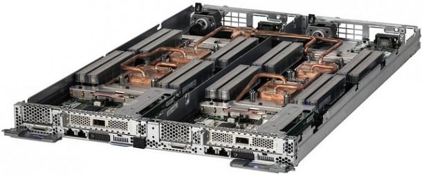 Den x86-Server NeXtScale nx360 M5 gibt es als halben Server oder mit zwei Servern in einem U mit Wasserkühlung. Die höheren Anschaffungskosten von rund 10 Prozent sollen sich durch Energieeinsparungen zwischen 10 und 40 Prozent schnell amortisieren. Quelle: IBM