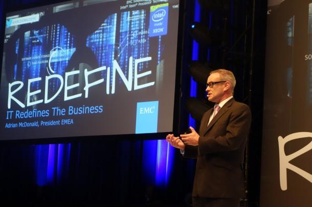 """""""Unternehmen müssen die digitale Transformation angehen"""", fordert Adrian McDonald. President EMC EMEA  auf dem EMC Forum in Mainz. Quelle: A. Rüdiger"""