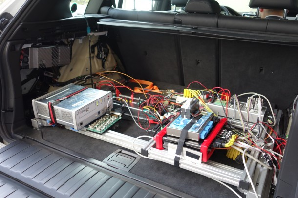 BMWs Entwicklungsfahrzeug für neue Funktionen im Connected Car liefert tonnenweise Daten (Bild: Rüdiger)