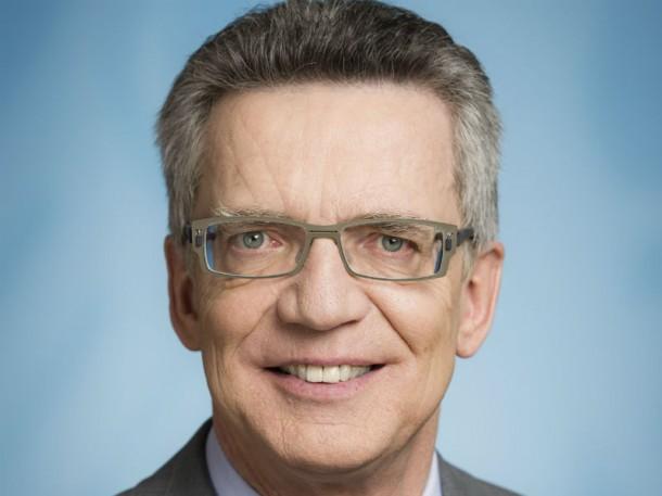 Bundesinnenminister Thomas de Maizière will neue Datenschutzregelungen für Nutzerdaten. Bild: BPA/Jesco Denzel