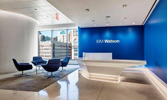 Watson hat in New York ein neues Hauptquartier bezogen. Zusammen mit der eröffnung des neuen Büros stellt IB aber auch erste Partneranwendungen vor, die sich die kongnitiven Fähigkeiten der IBM-Technolgie zu nutze machen. Quelle: IBM