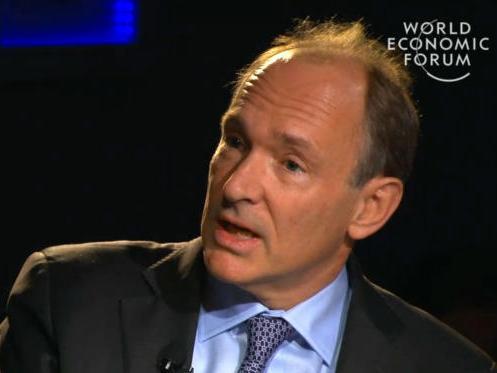 Tim Berners-Lee auf dem Weltwirtschaftsgipfel 2013 (Bild: News.com)