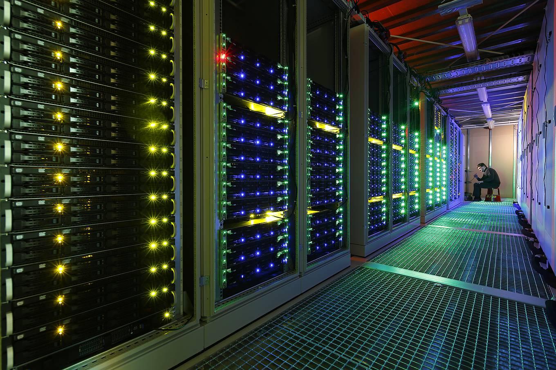 """Der Supercomputer """"L-CSC"""" der GSI Helmholtzzentrum für Schwerionenforschung ist weltweit der effizienteste Rechner. (Bild: GSI Helmholtzzentrum)"""