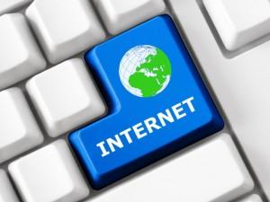 Internet (Bild: Shutterstock/LanKS)