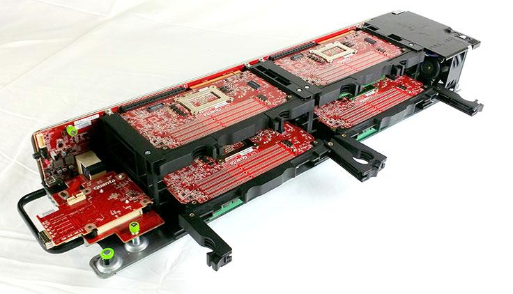 Facebooks SoC Yosemite wurde für ein modulares Serversystem konzipiert (Bild: Facebook).