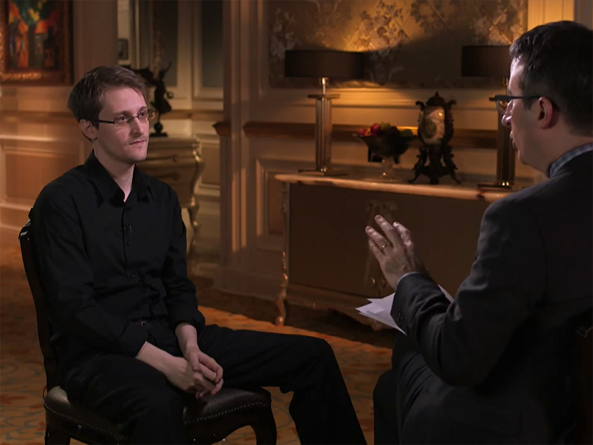 Whistleblower Edward Snowden im Interview mit John Oliver. (Screenshot: Last Week Tonight / silicon.de)