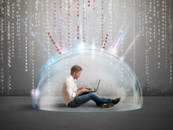 Datenschutz (Bild: Shutterstock/alphaspirit)