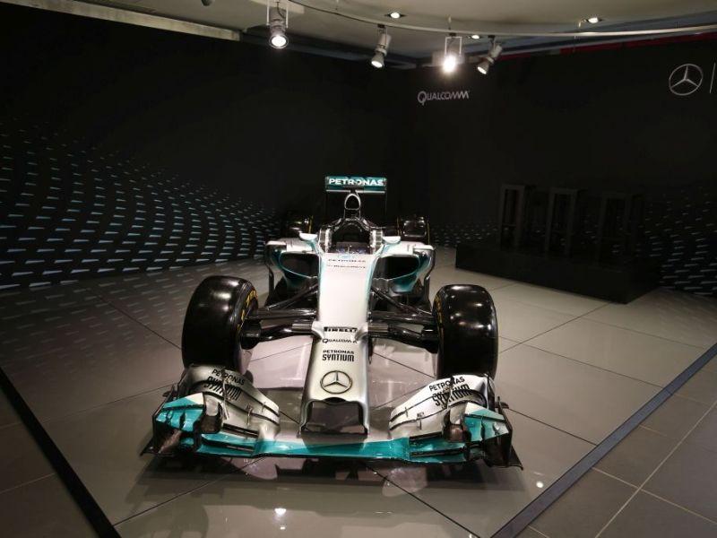 Qualcomm und Daimler erweitern ihre bisher auf den Motorsport begrenzte Kooperation (Bild: Daimler/Qualcomm).