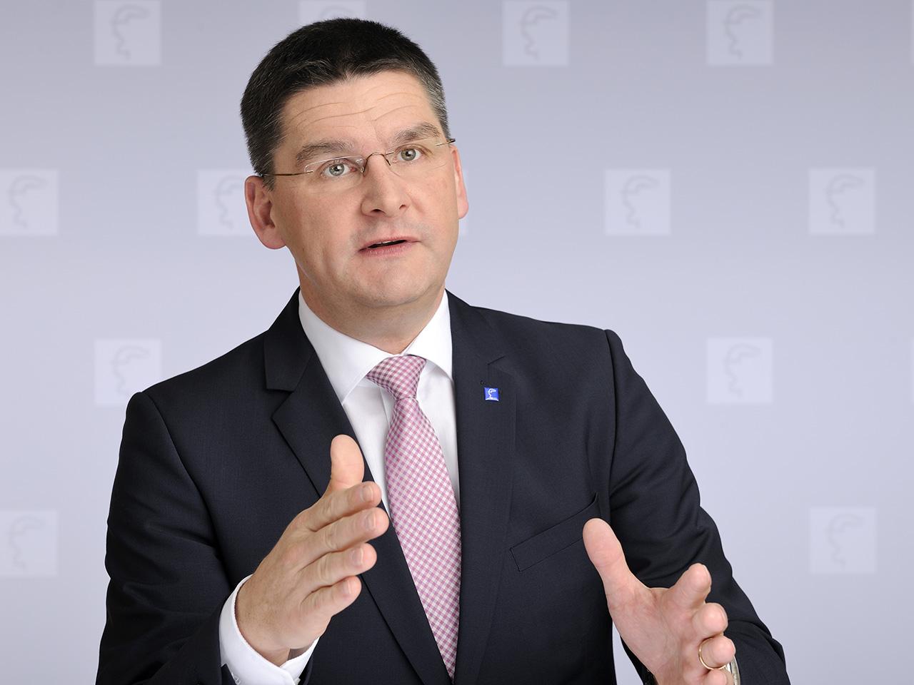 Oliver Frese, Vorstand der Deutschen Messe AG will noch mehr Startups auf die CeBIT bringen. (Bild: Deutsche Messe)