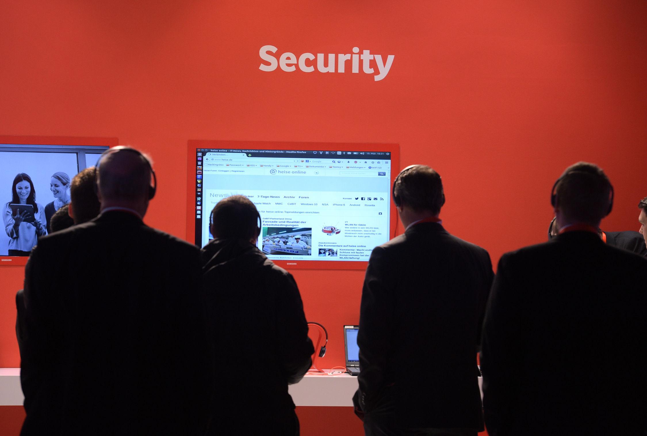 """Ein Schwerpunkt der CeBIT 2016: """"Business Security """" (Bild: Deutsche Messe)"""