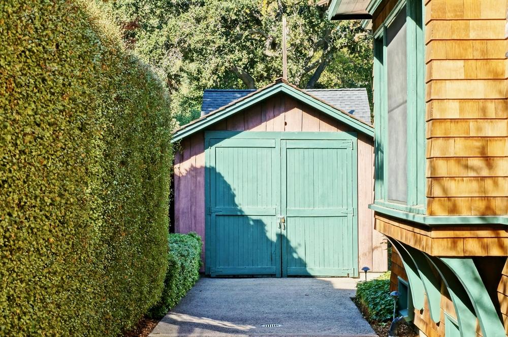 """Diese unscheinbare Garage in Palo Alto gilt als die Geburtsstätte des Silicon Valley und wirt offiziell als Denkmal geführt. <a href=""""http://www.shutterstock.com/gallery-2051897p1.html?cr=00&pl=edit-00"""">EQRoy</a> / <a href=""""http://www.shutterstock.com/editorial?cr=00&pl=edit-00"""">Shutterstock.com</a>"""