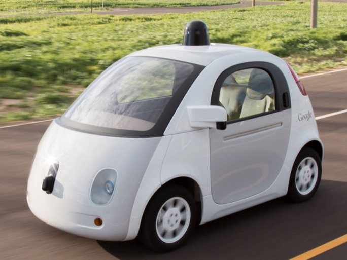 Apple soll wie Google an einem selbstfahrenden Fahrzeug arbeiten. Nun bekommen entsprechende Gerüchte neue Nahrung. (Bild: Google)