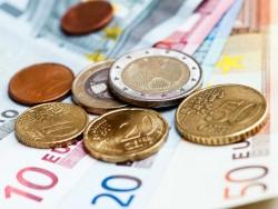 Euro-Scheine und -Münzen (Bild: Shutterstock)