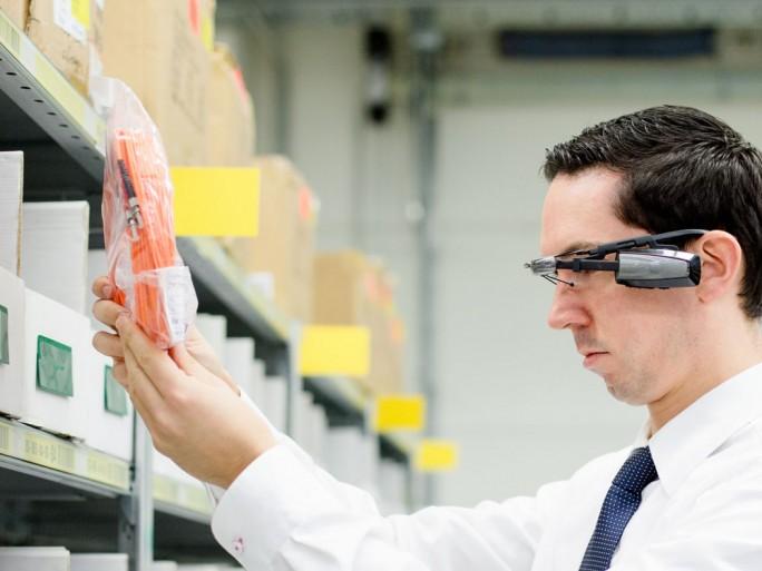 Bechtle setzt seit Anfang des Jahres als erstes Unternehmen weltweit den SAP AR Warehouse Picker ein (Bild: Bechtle)