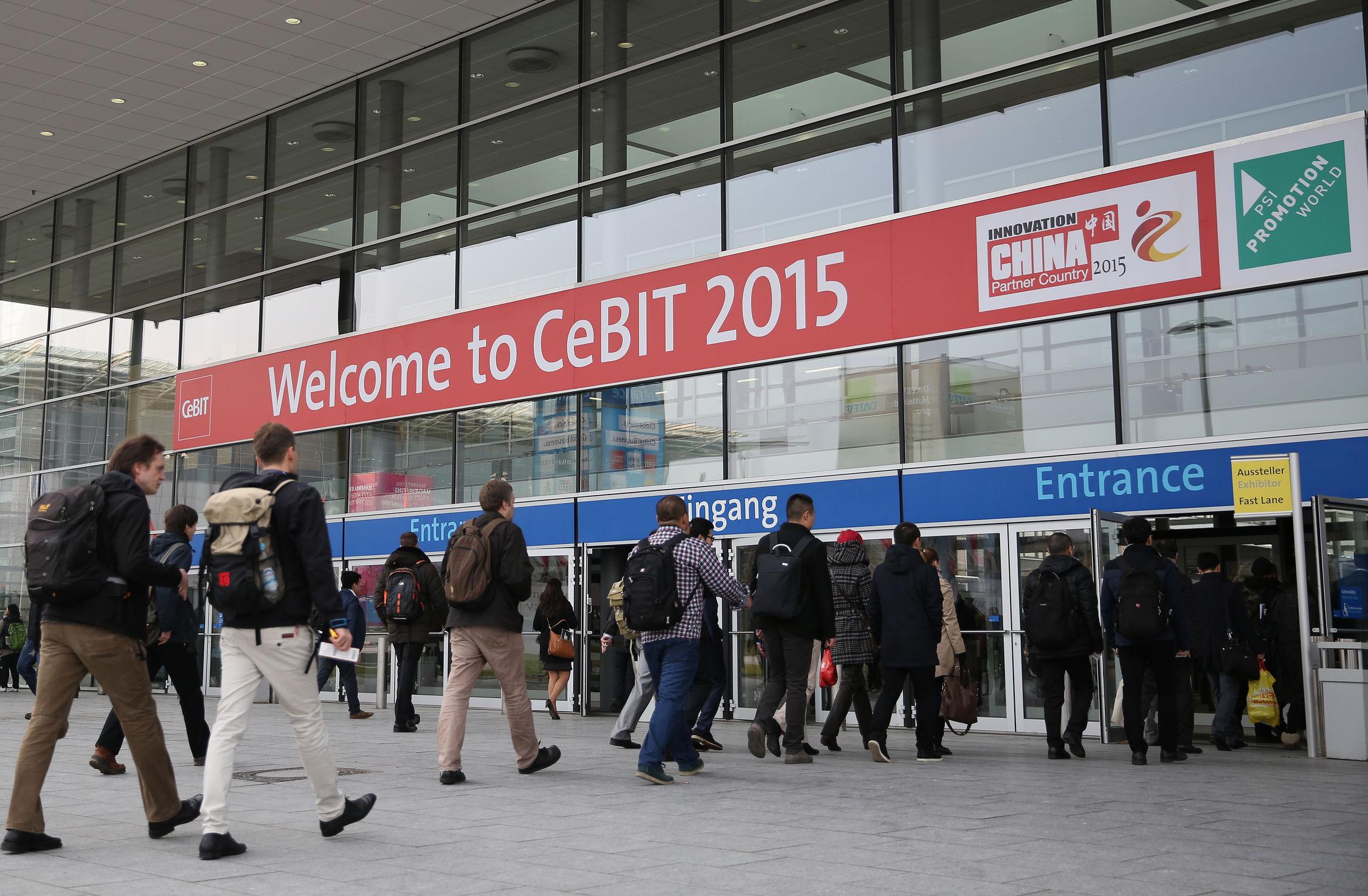 Eingangssituation der CeBIT 2015. (Bild: Deutsche Messe)