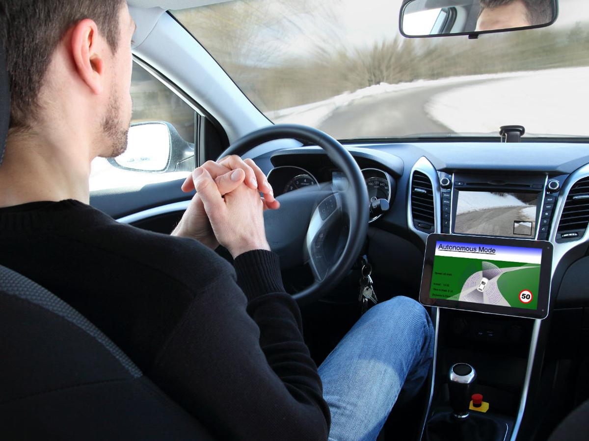 Automatisiertes Fahren (Bild: Shutterstock)