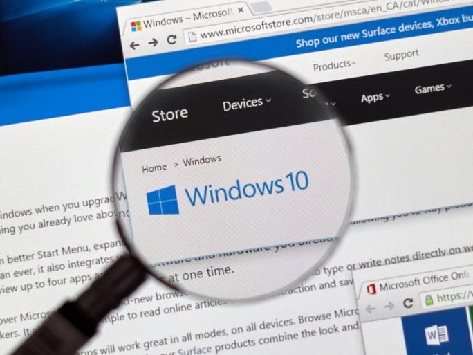 Windows 10 (Bild: Shutterstock/dennizn)