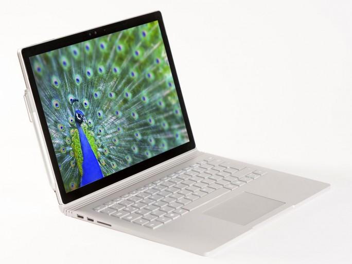 Das Surface Book verkauft Microsoft in Deutschland seit Mitte Februar. (Bild: Microsoft)